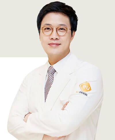 ศัลยแพทย์ Dr Shin Hee Jin EU
